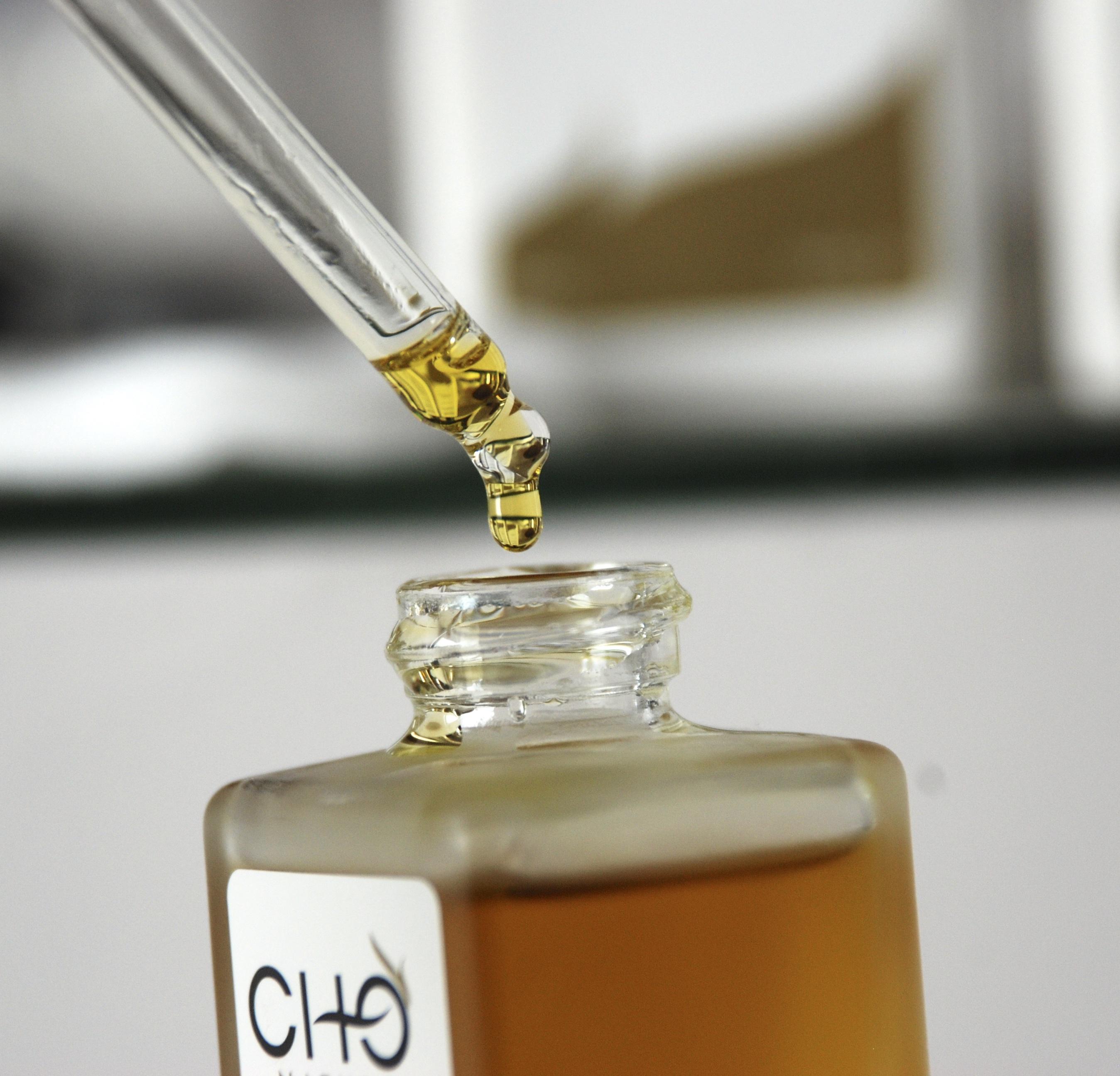 Différence entre huile minérale, estérifiée et végétale
